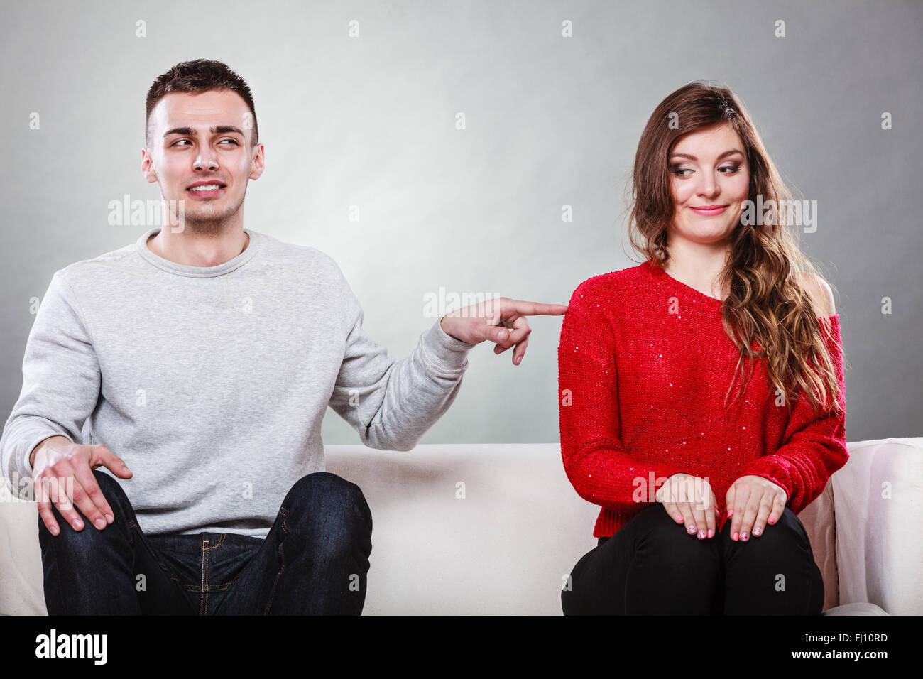 Frau und mann erstes treffen [PUNIQRANDLINE-(au-dating-names.txt) 28