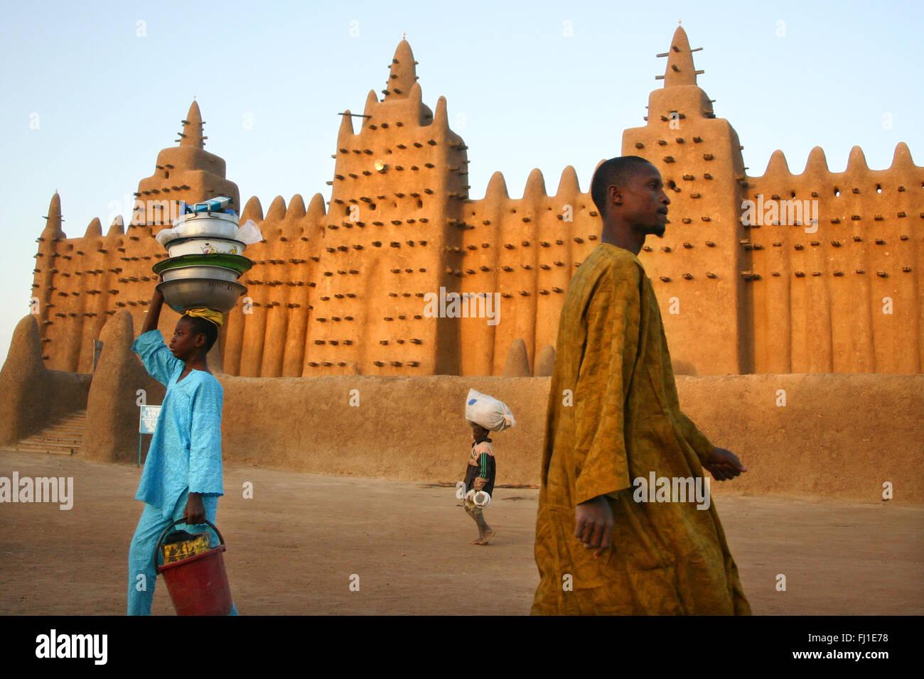 Atemberaubende Bild von erstaunlichen modsque von Djenné, Mali - typisch islamisches Monument in Westafrika Stockbild