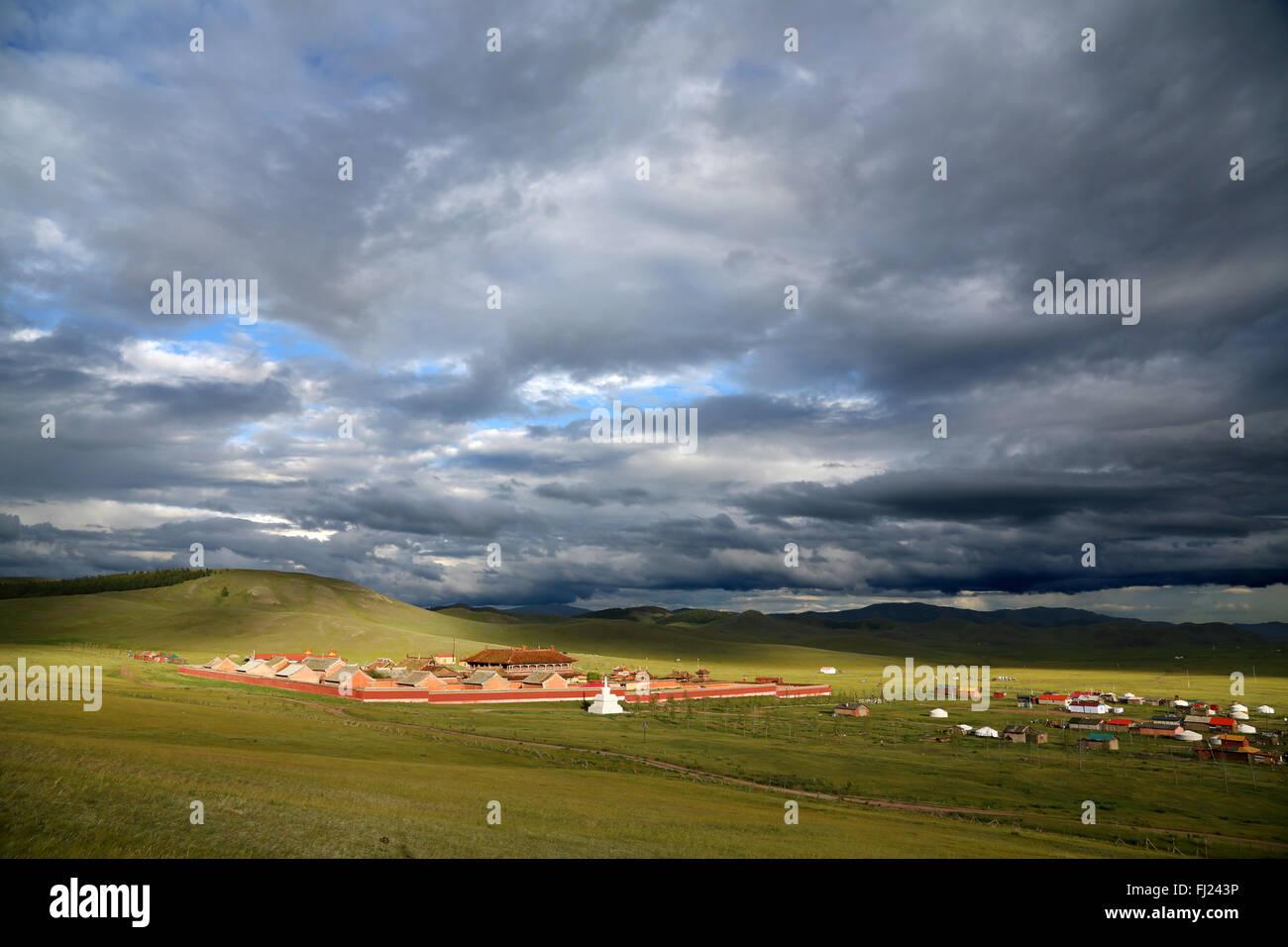 Amarbayasgalant Kloster - Mongolei Landschaft Stockbild