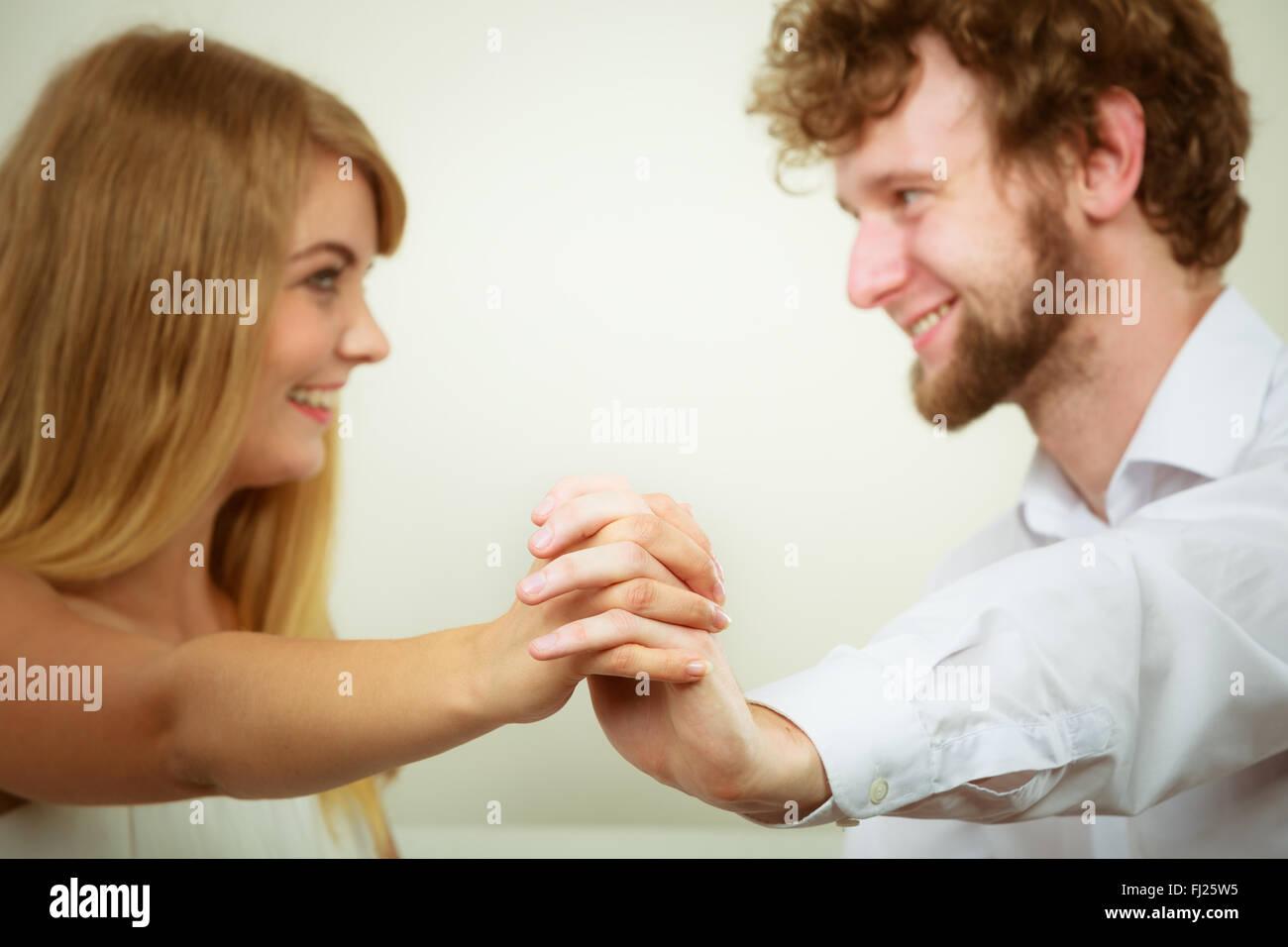 Flirten augen schauen