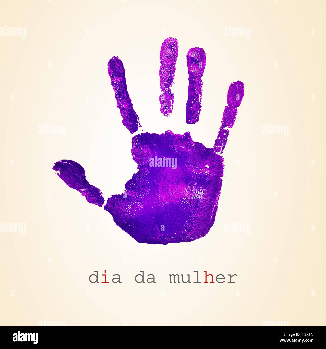 einen violetten Handabdruck und der Text Dia da Mulher, Womens Day in portugiesischer Sprache, auf einem beigen Stockbild