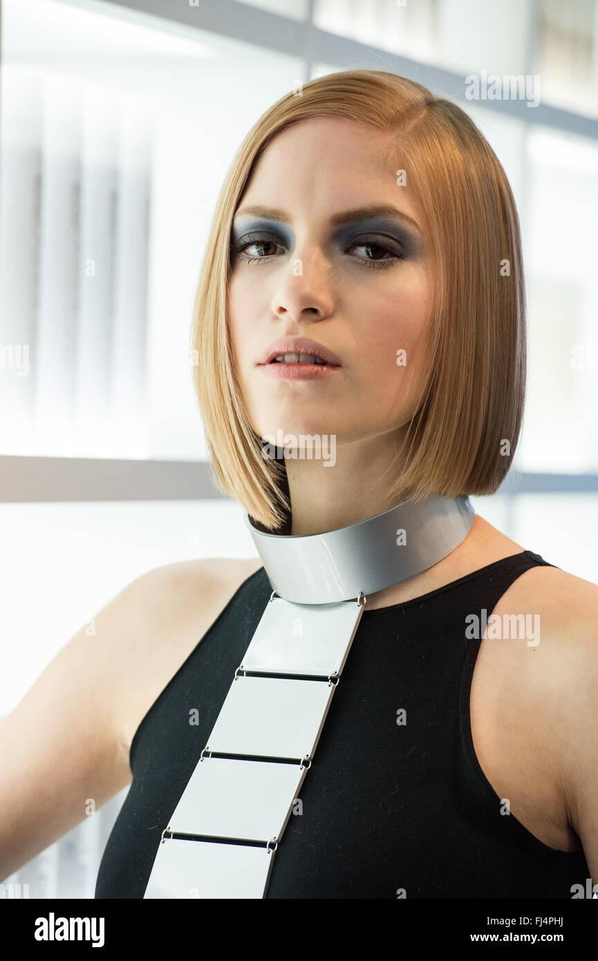Dusseldorf Deutschland 29 Februar 2016 Modell Lilian Prasentiert