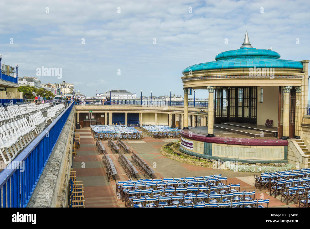 Musikpavillon am Strand Eastbourne, East Sussex, Südengland. | Musikpavillon Strang von Eastbourne, East Sussex, Stockbild