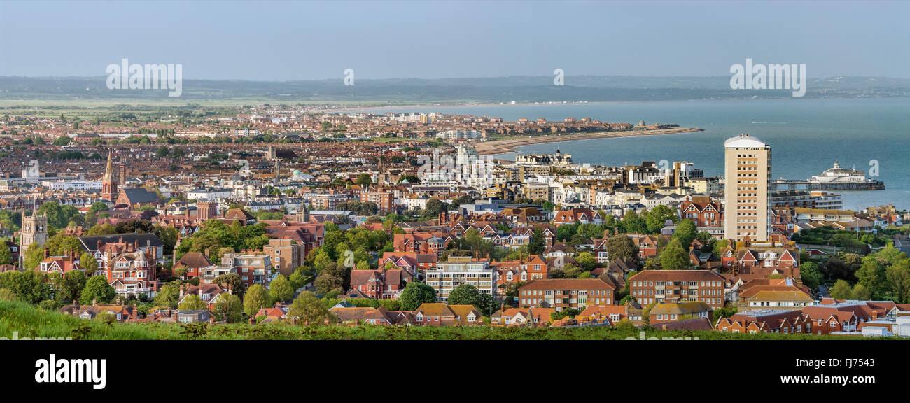 Panoramablick über die Stadt Zentrum von Eastbourne, East Sussex, Südengland | Aussicht schlug Das Stadtzentrum Stockbild