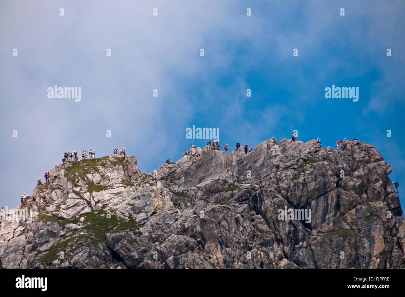 Klettersteig Hindelang : Geographie reisen deutschland bayern landschaften kletterer in