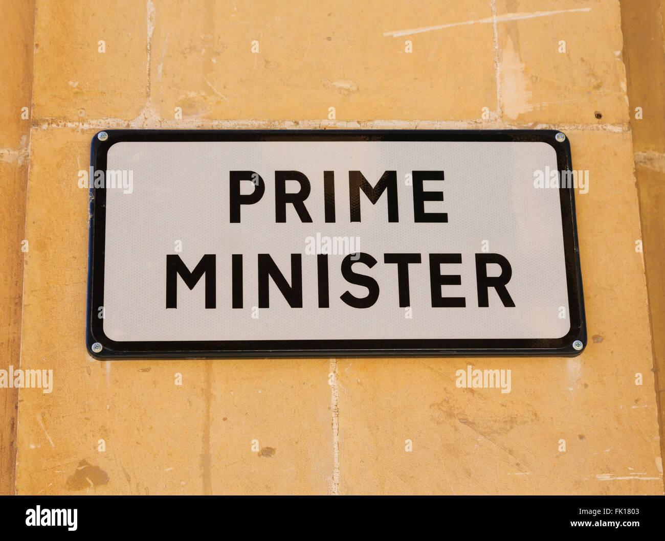 malta parliament stockfotos malta parliament bilder alamy. Black Bedroom Furniture Sets. Home Design Ideas