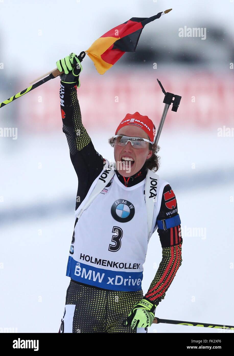OSLO, NORWEGEN. 6. MÄRZ 2016. Biathlet Laura Dahlmeier Deutschlands reagiert, wie er die Frauen 10 km Verfolgungsrennen Stockbild