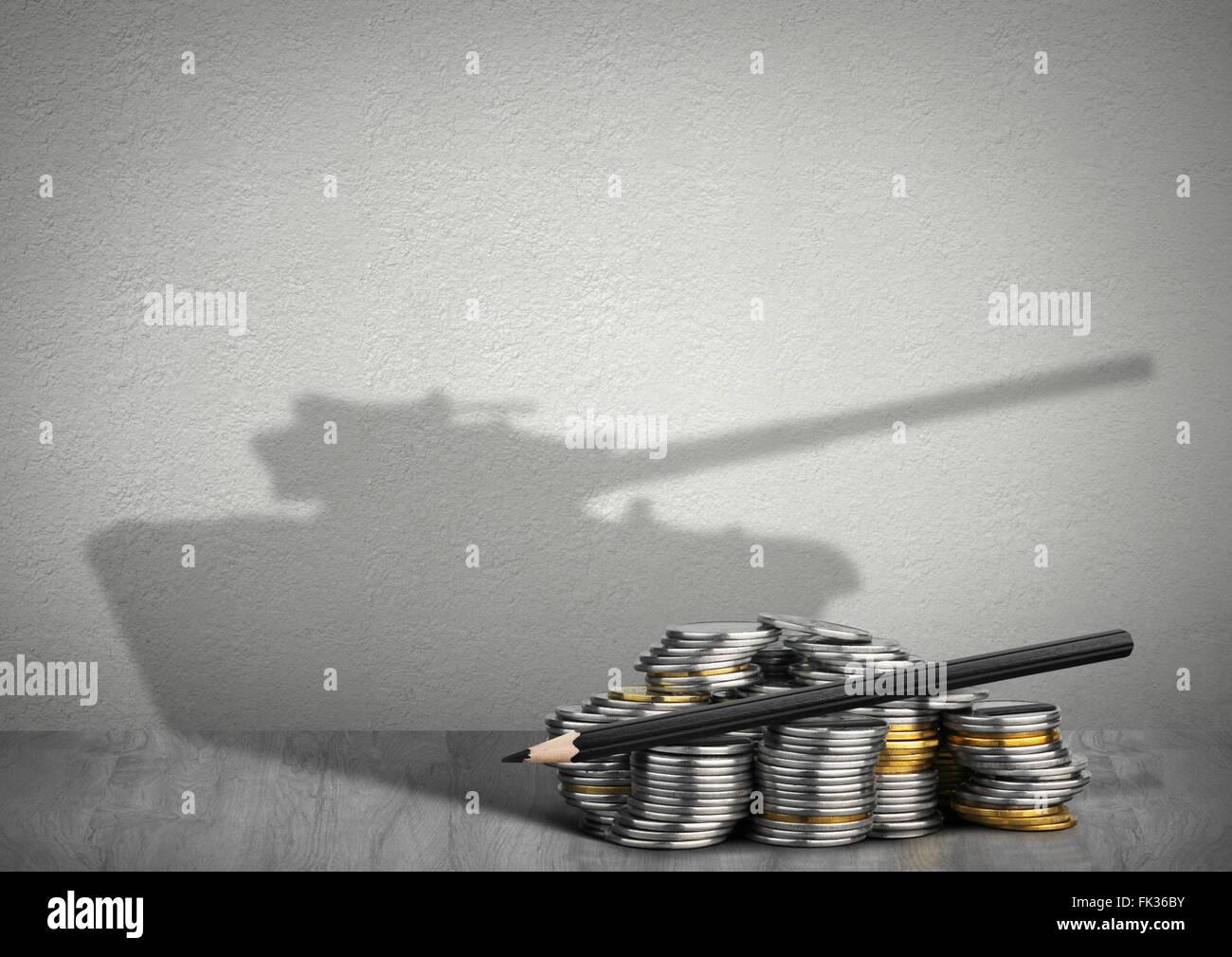 Finanzierungskonzept Krieg, Geld mit Tank-Schatten Stockbild