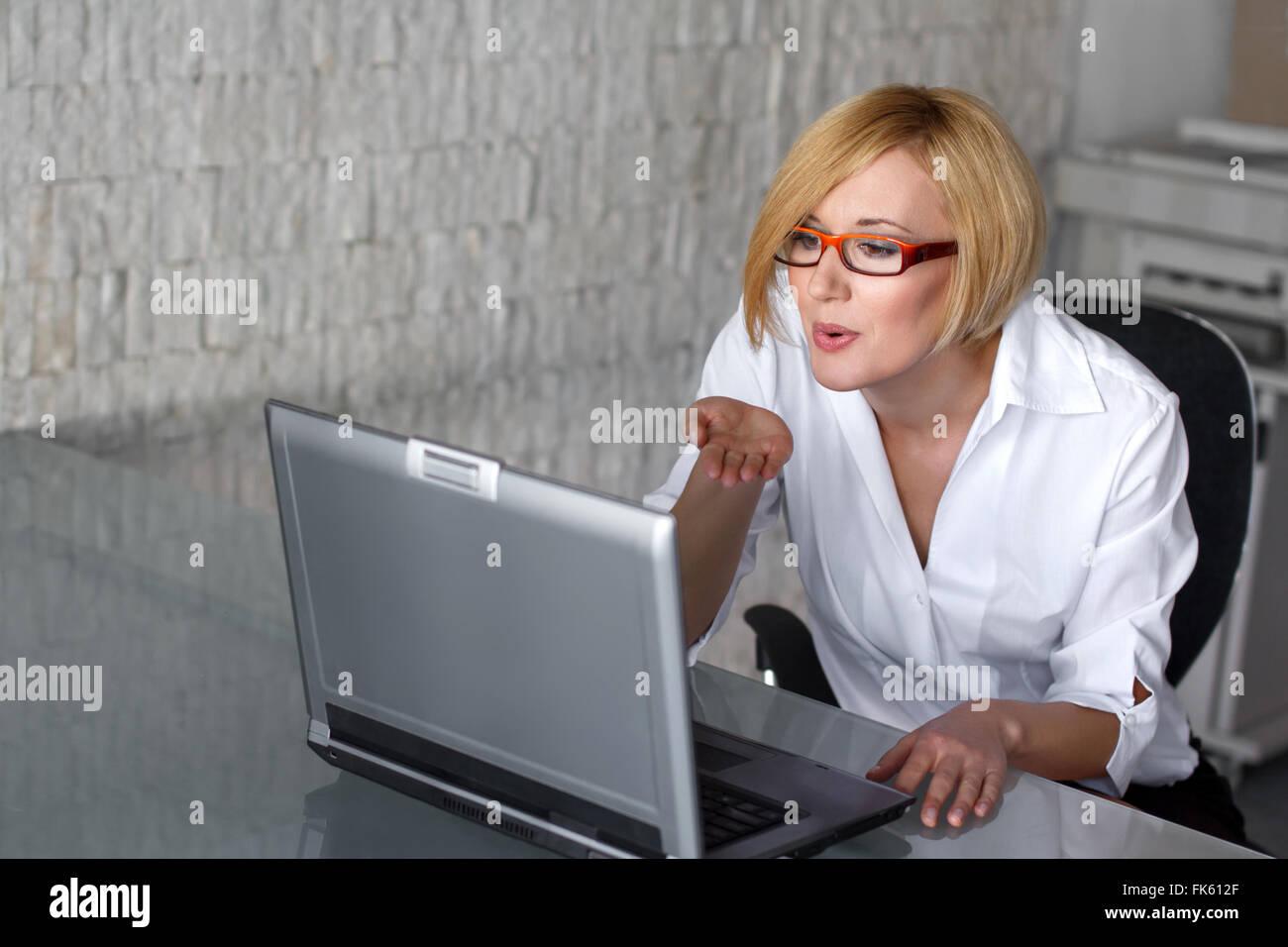 wie mit frauen online flirten