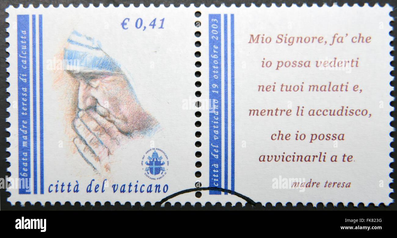 Vatikanstadt - CIRCA 2003: eine Briefmarke in Vatikanstadt zeigt Mutter Teresa, circa 2003 gedruckt. Stockfoto