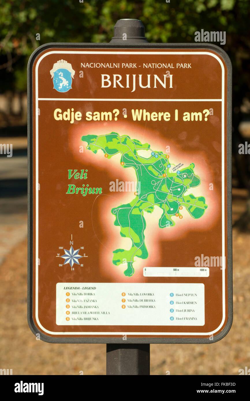 Fernsehreihe, Istrien, Insel Veli Brijuni Im Nationalpark Brijuni-Inseln Vor Pula. Nationalpark-Schild Stockbild
