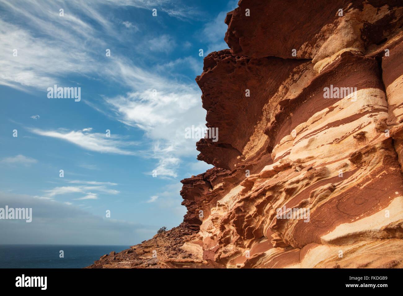 Gesteinsschichten an der Küste im Kalbarri National Park, Western Australia Stockbild
