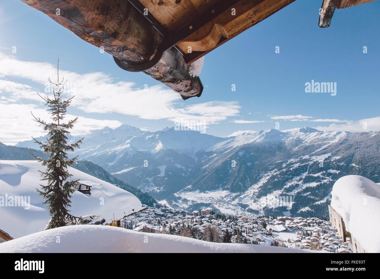 Ein Chalet Ansicht von Verbier, in der Schweizer Skiort. Stockbild