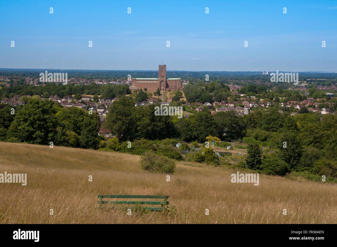 Blick auf die Kathedrale von Guildford, Surrey, England Stockbild