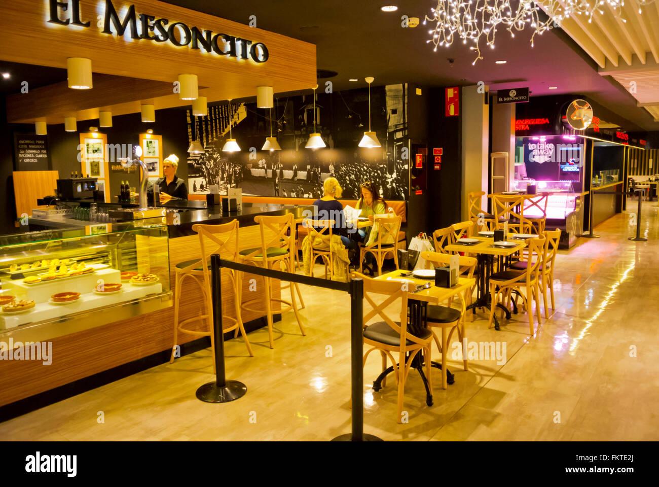 5367b732735b74 Stockfoto gourmet erlebnis dachgeschoss food court und lebensmittelgeschaft el  corte ingles malaga andalusien spanien jpg 1300x960