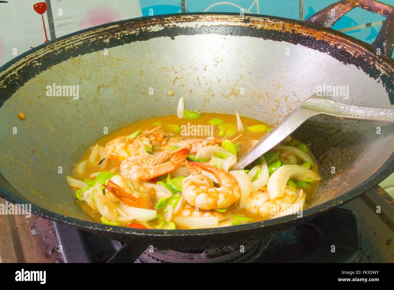 Gebraten Gestank Bohne mit Shrimps Thai-Küche Stockbild