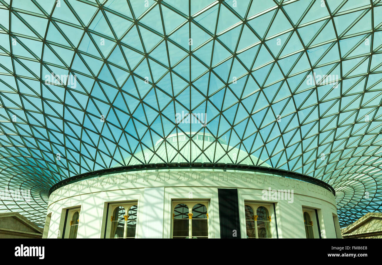Großer Hof Interieur Glasdach Konstruktion im British Museum in ...