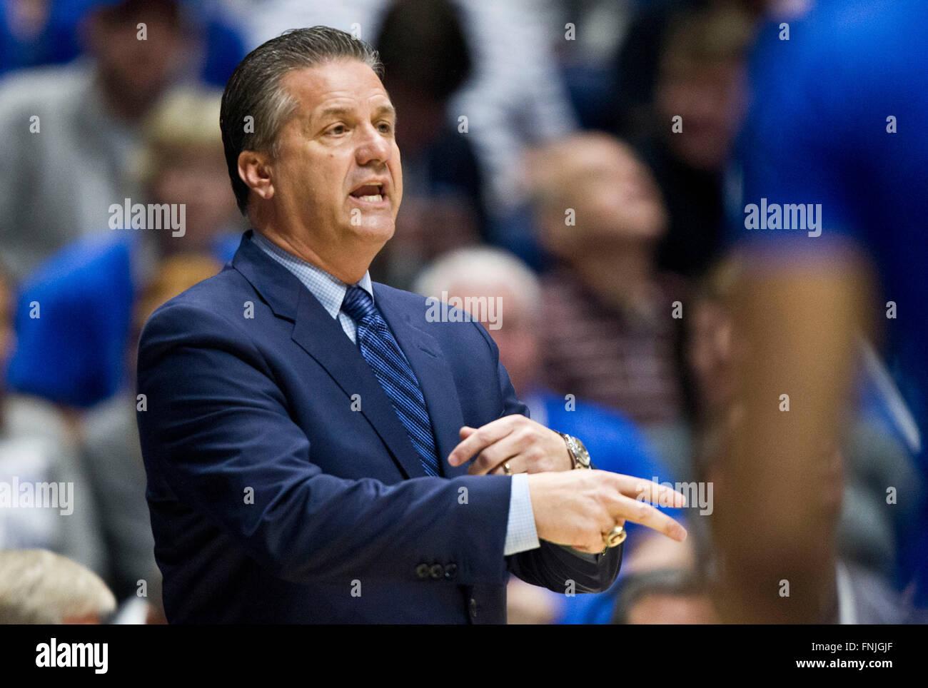 Kentucky Basketball Coach John Calipari Previews 2016 17: Überstunden. 13. März 2016. Kentucky Head Coach John