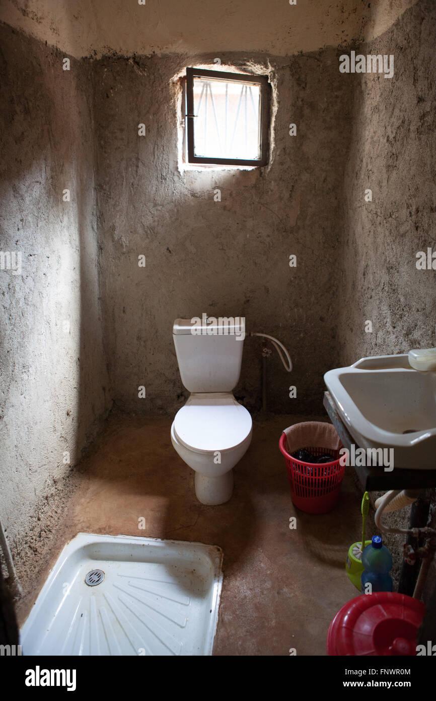 Eine grundlegende Bad in einem Hause, Äthiopien, Afrika