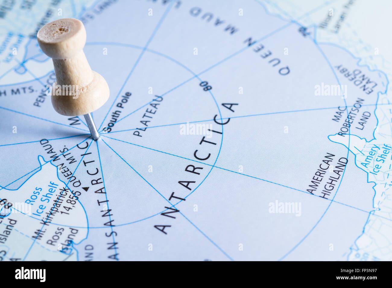World Map Longitude Latitude Lines Stockfotos & World Map ...