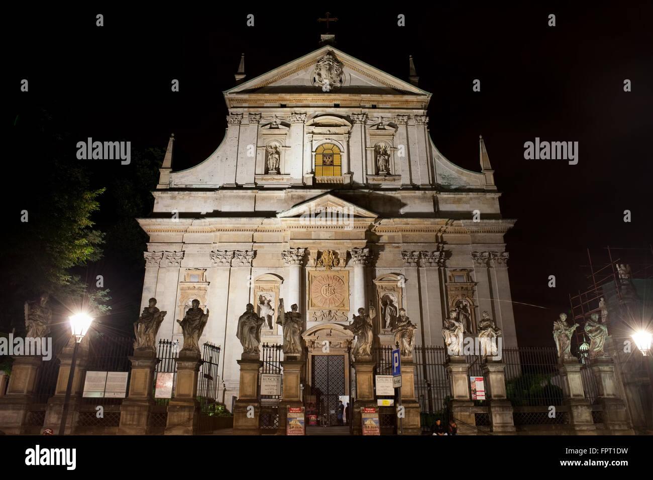Polen, Stadt Krakow (Krakau), Kirche St. Peter und Paul bei Nacht, All Saints Parish, Old Town, Wahrzeichen der Stockbild