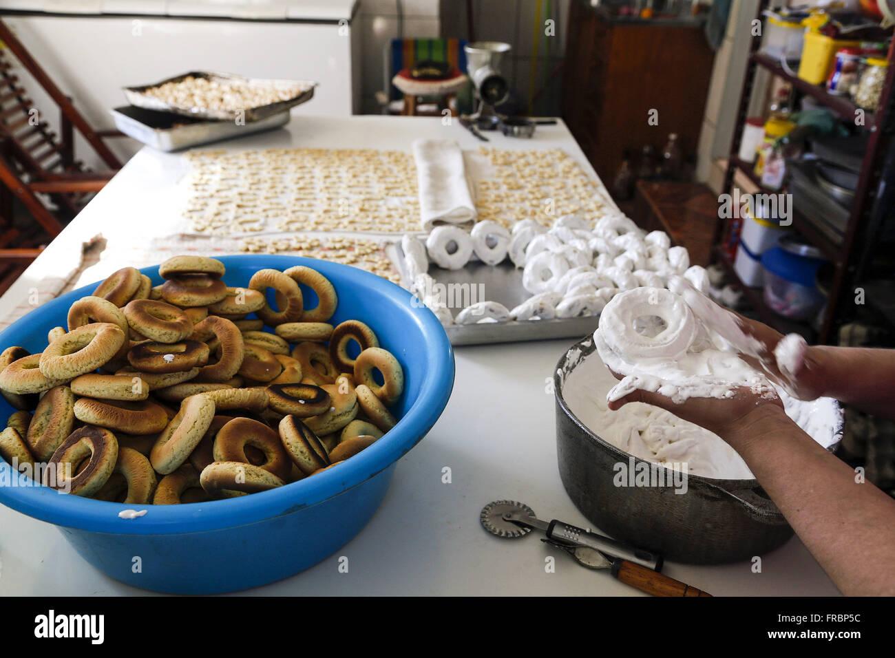 Vorbereitung von Wafern für den Handel mit Rezepten der italienischen Kolonie Stockbild
