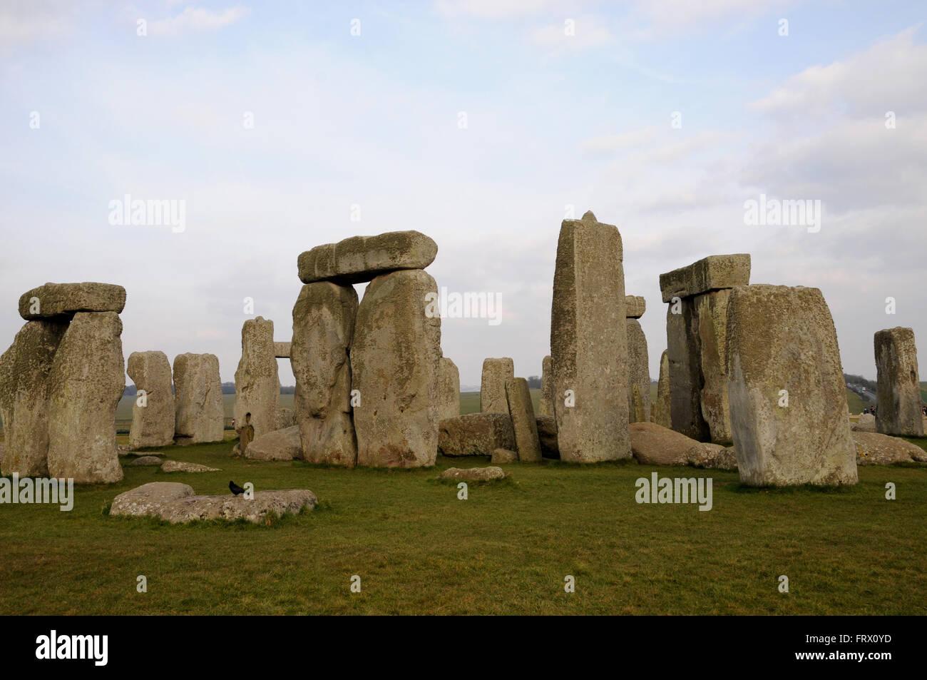 Die standing stones at Stonehenge, einem Ikonischen UNESCO Weltkulturerbe in der englischen Grafschaft Wiltshire Stockbild