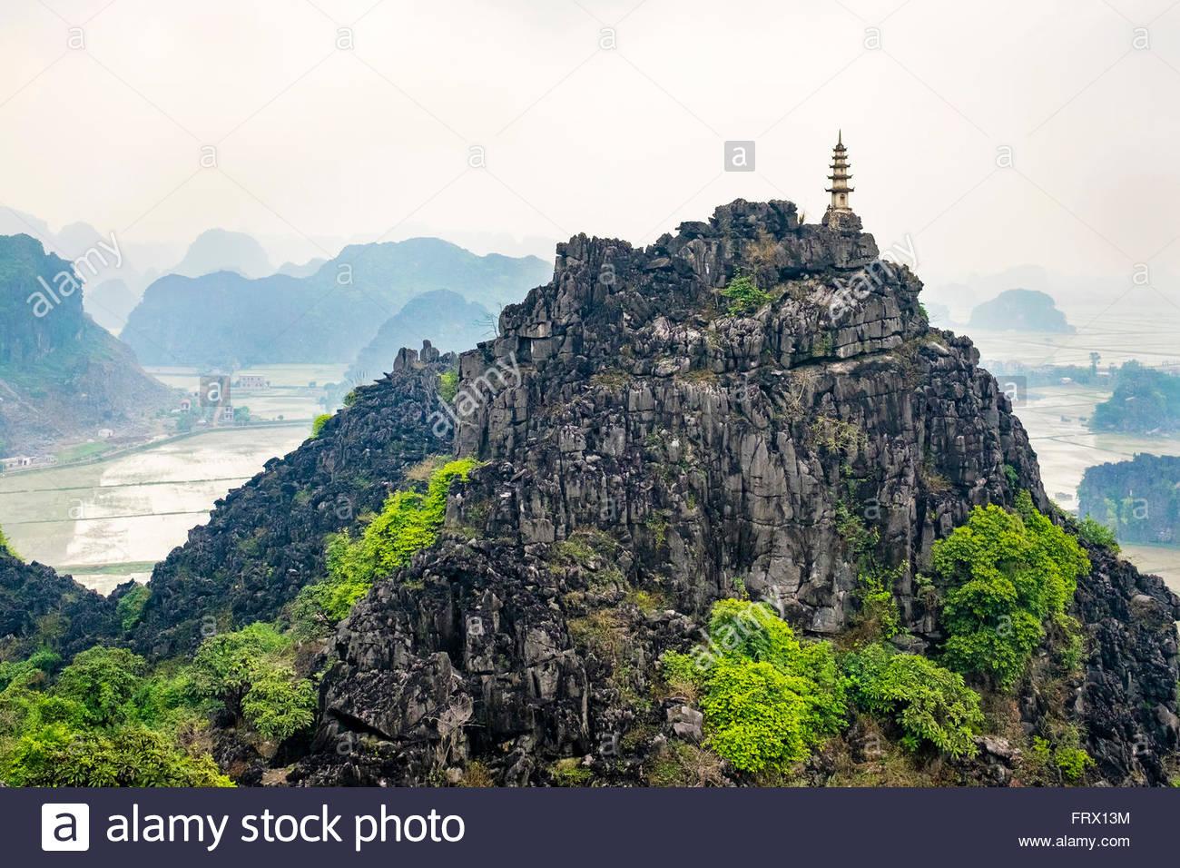 Karst Gebirgslandschaft am Hang Mua, Ninh Hai, Hoa Lu District, Provinz Ninh Binh, Vietnam Stockbild