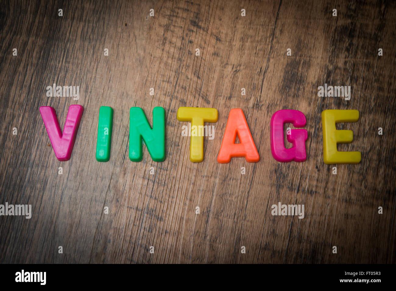 Retro Kühlschrank Ebd : Vintage kühlschrank stockfotos vintage kühlschrank bilder alamy