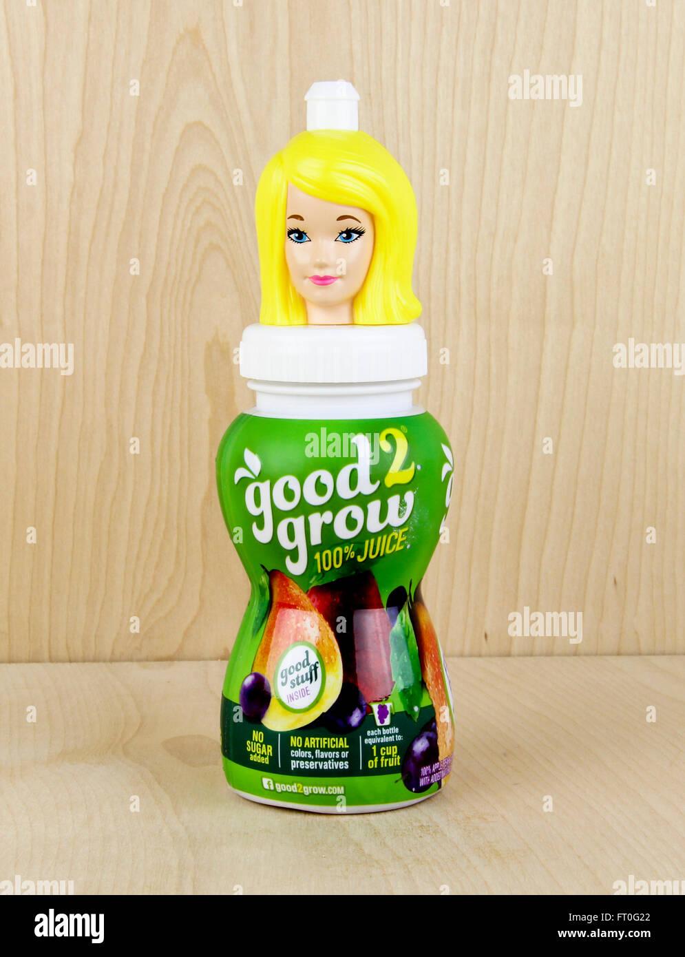 Illustrative redaktionelle gute 2 Grow Saft Frucht Flasche trinken Getränke gesunden natürlichen Stockbild