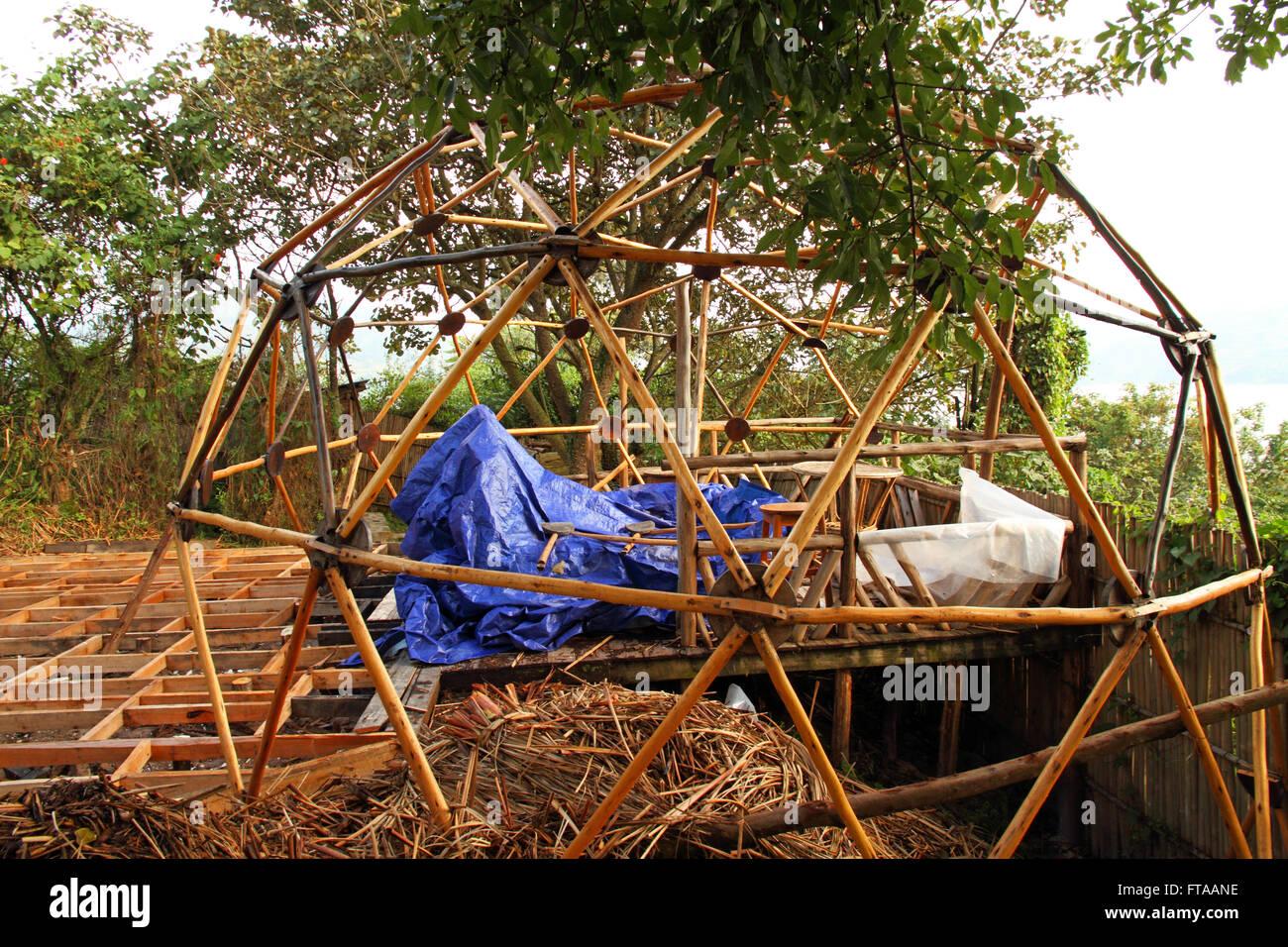 build a tent stockfotos build a tent bilder alamy. Black Bedroom Furniture Sets. Home Design Ideas