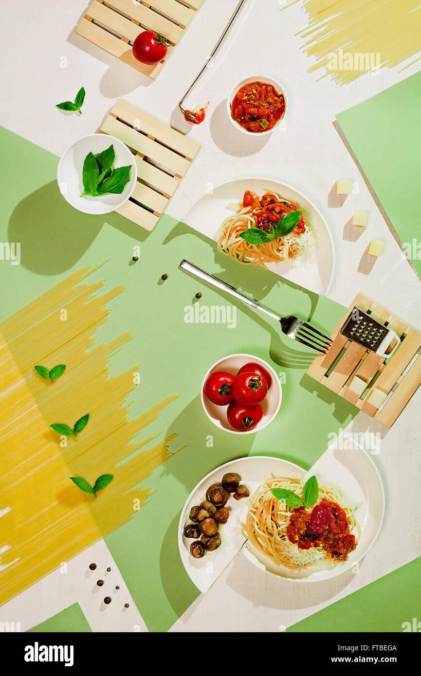 Suprematistischen Essen: Nudeln Stockbild
