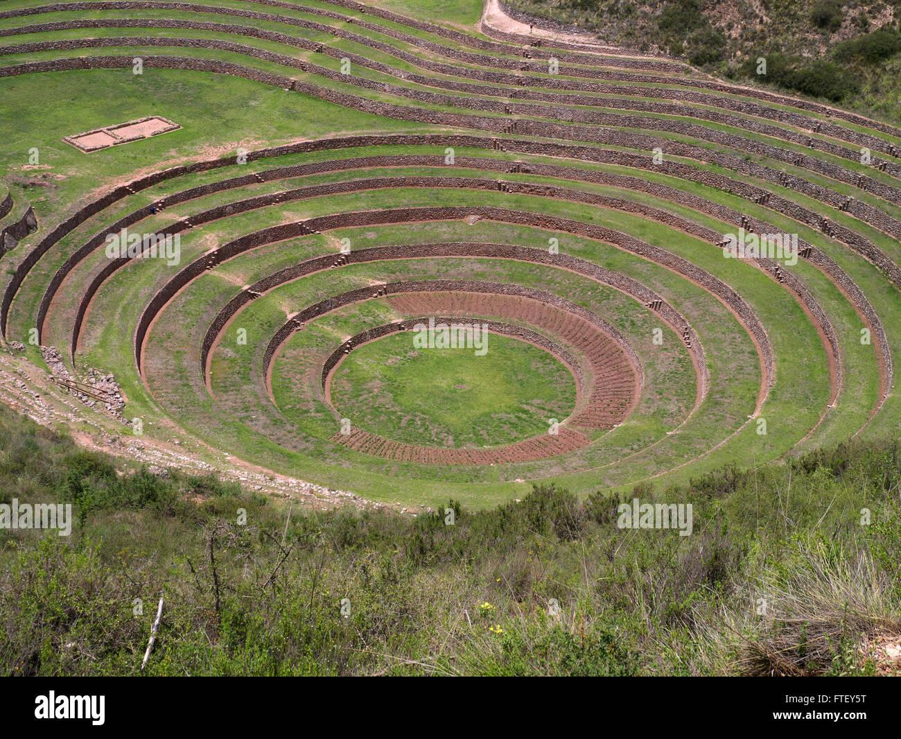 Kreise der alten Inka Ruinen Moray landwirtschaftlichen Terrassen im Heiligen Tal in der Nähe von Cusco-Peru Stockbild