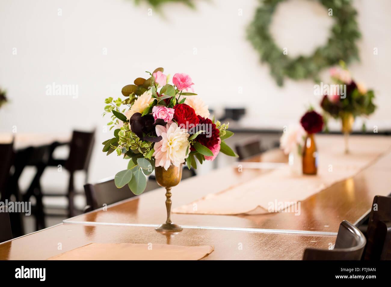 Hochzeitsblumen Auf Empfang Tabellen Setup Von Einem Floristen Mit