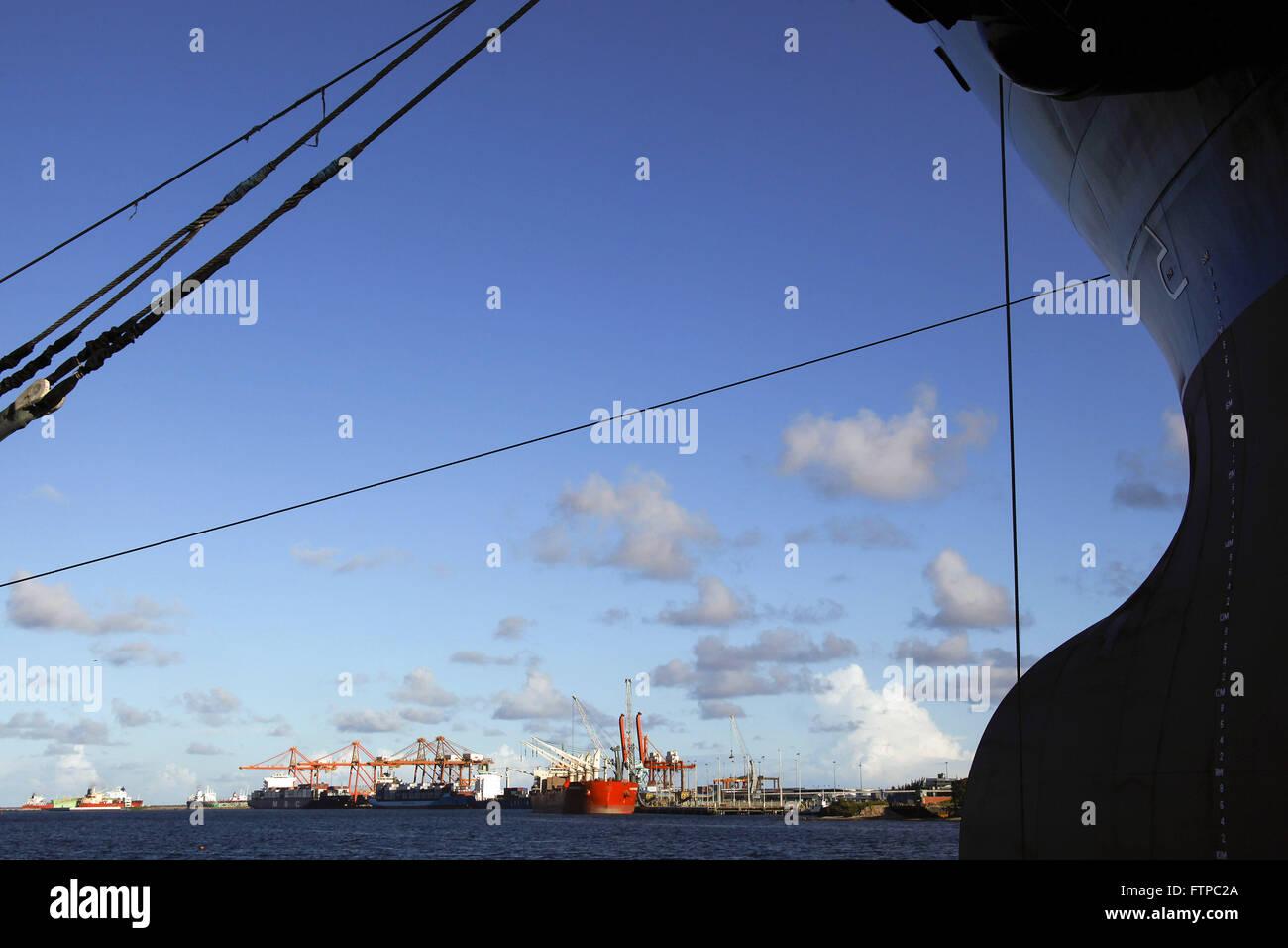 Detail des Bogens Tanker - EAS Atlantico Sul Werft Stockbild