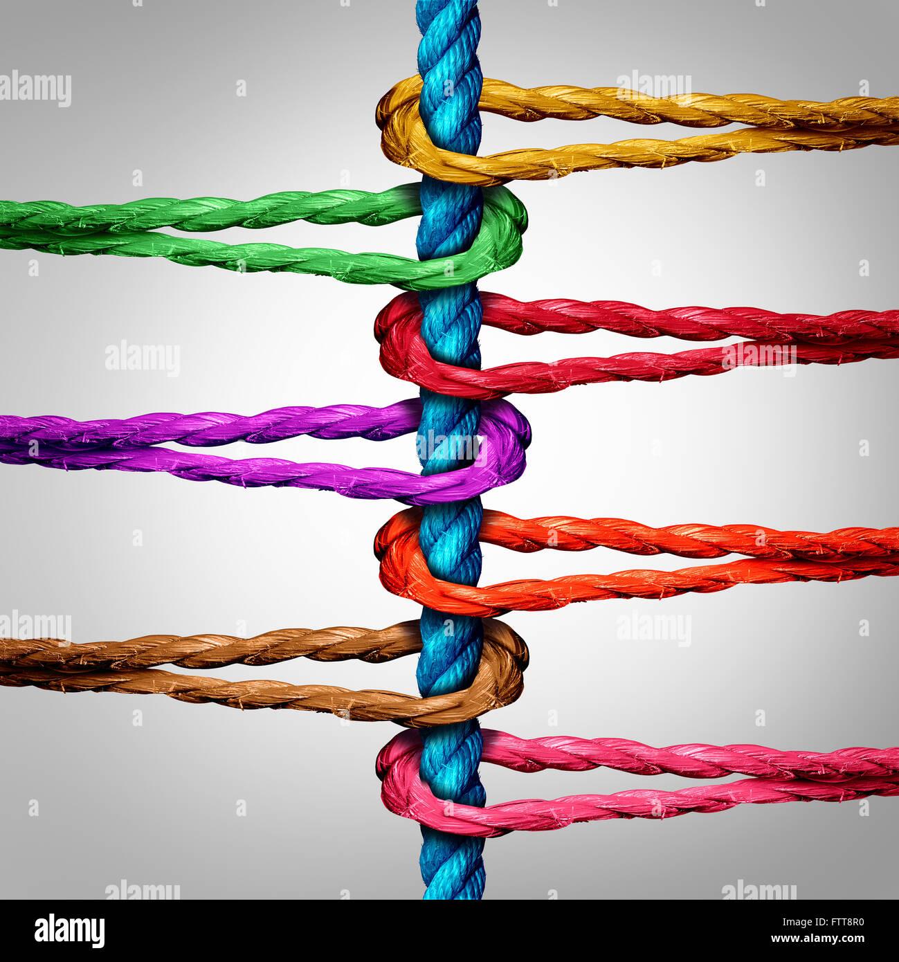 Mittenanschluss-Business-Konzept als eine Gruppe von verschiedenen Seilen verbunden zu einem zentralen Seil als Stockbild