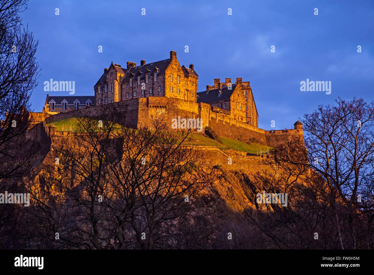 Ein Blick auf das prächtige Edinburgh Castle in Schottland. Stockbild