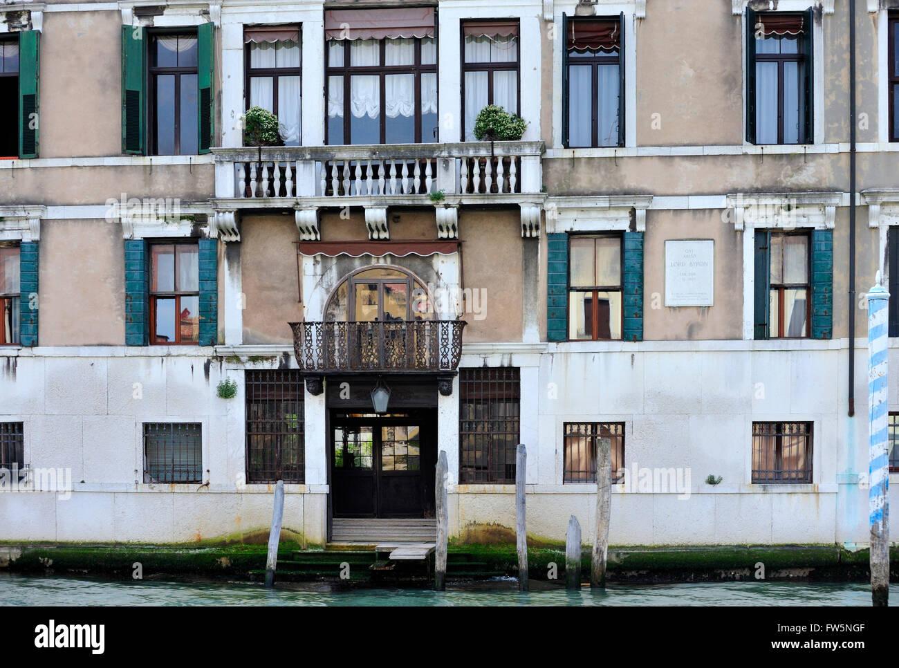 Byrons Palace, Canal Grande, Venedig: Palazzo Mocenigo Casa Vecchia, gebaut von Alvise Mocenigo ca. 1579, wo englischer Stockbild