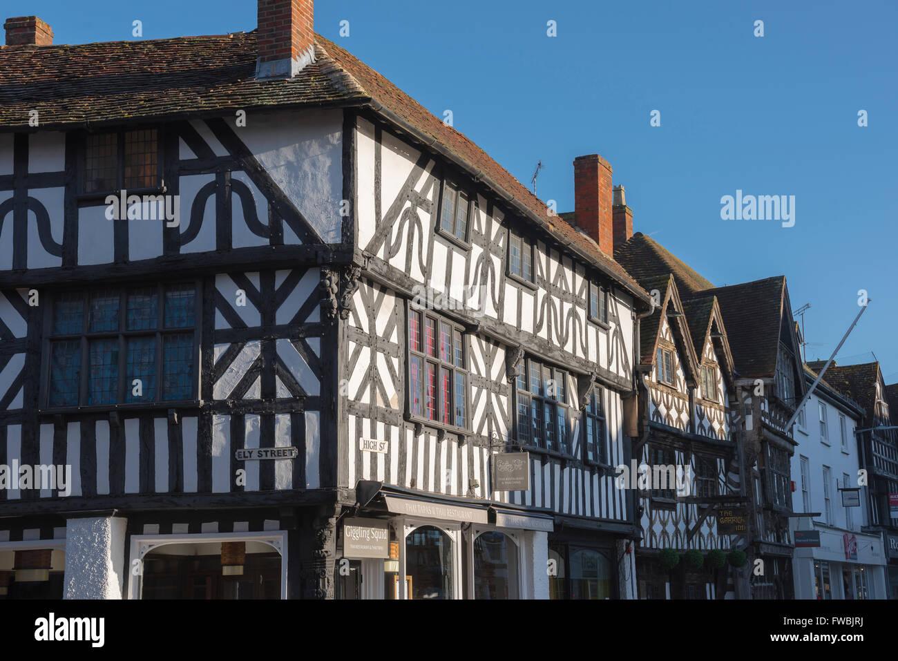 Eine typische mittelalterliche Fachwerk-Gebäude in der High Street, Stratford bei Avon, England. Stockbild