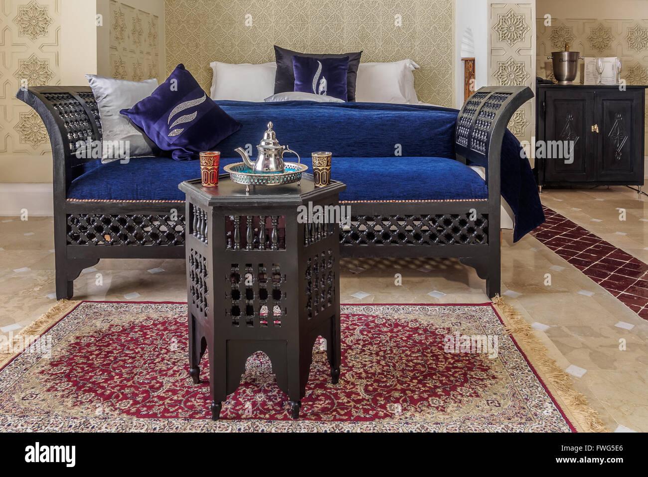 Luxus Suite Mit Schlafzimmer Und Couch Im Marokkanischen Stil