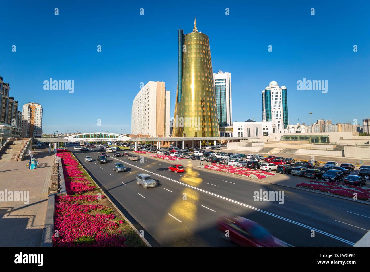Zweibettzimmer golden konische Geschäftszentren, Astana, Kasachstan, Zentralasien Stockbild