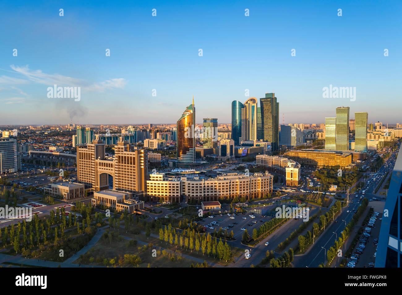 Das Stadtzentrum und zentraler Geschäftsbezirk, Astana, Kasachstan, Zentralasien Stockbild