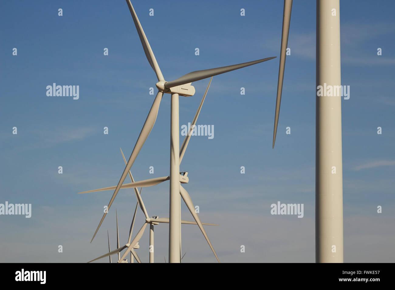 Generator-Windkraftanlagen in der Nähe von Amarillo, Texas, USA Stockbild