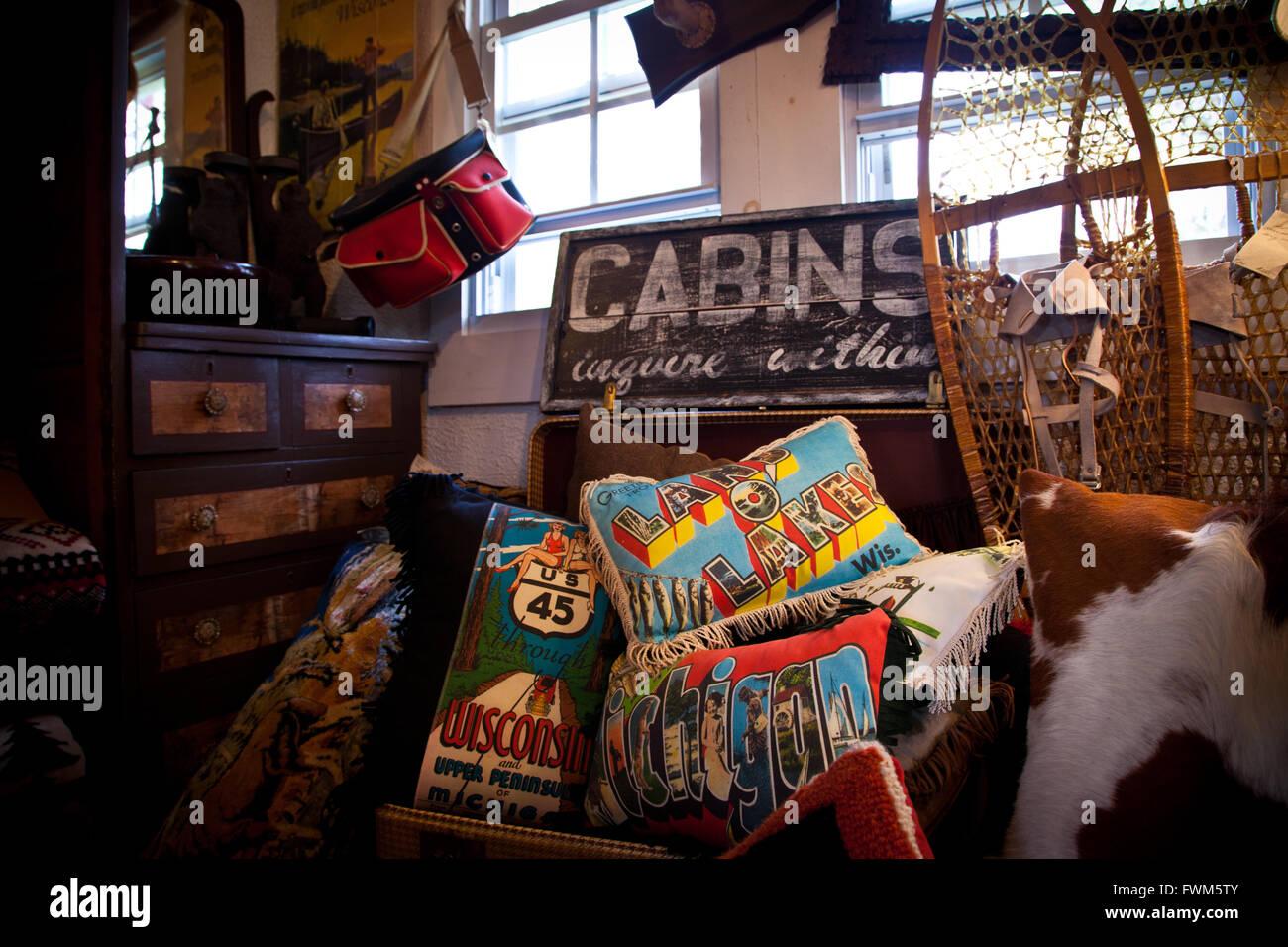 Dorfladen in Northwoods im Land O' Lakes, Wisconsin Stockfoto
