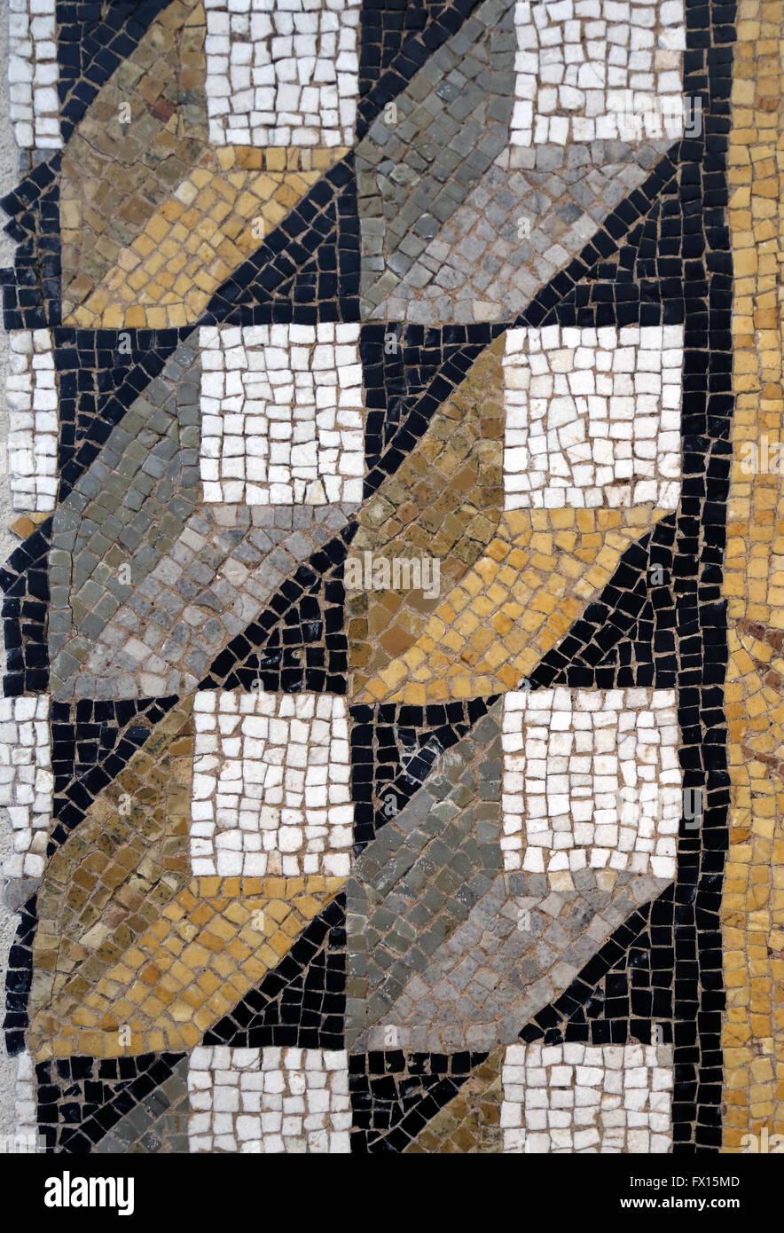 Römische Kunst. Schwelle in Mosaik-Würfel-Perspektive. Detail. 1. Jahrhundert. Louvre-Museum. Stockbild