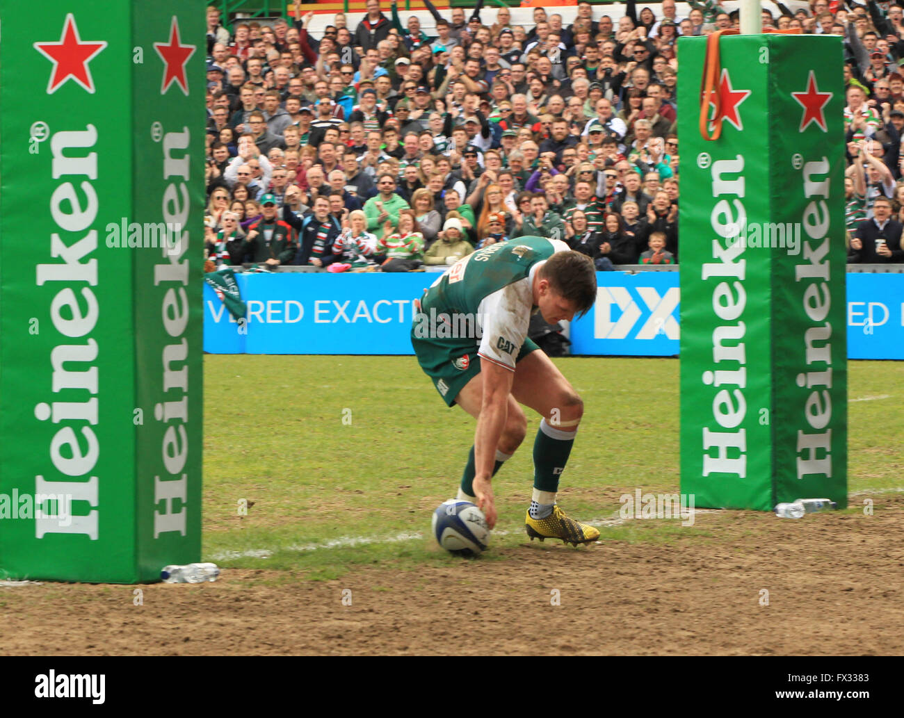 Welford Road, Leicester, UK. 10. April 2016. Sieg im Europacup. Leicester Tigers gegen Stade Francais. Tiger Fly Stockfoto