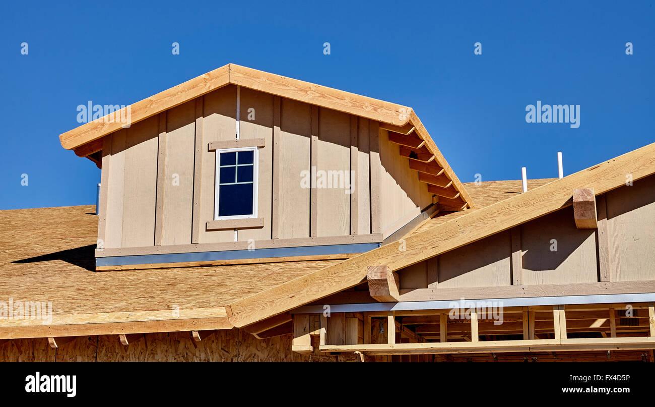 Construction Building Truss Wood Beam Stockfotos & Construction ...