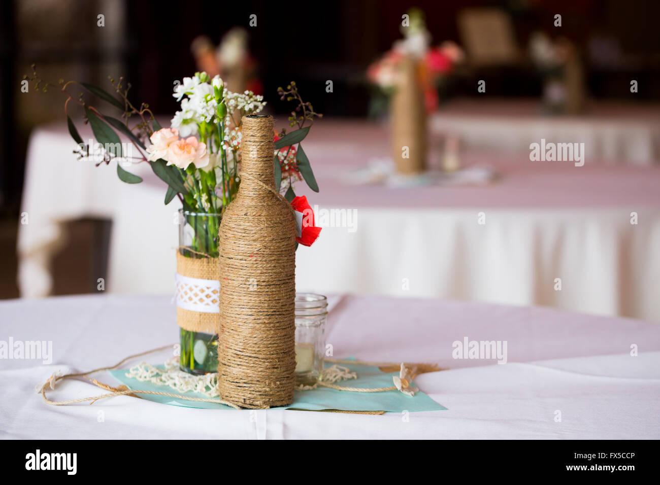 Diy Hochzeit Dekoration Tischdekoration Mit Weinflaschen In