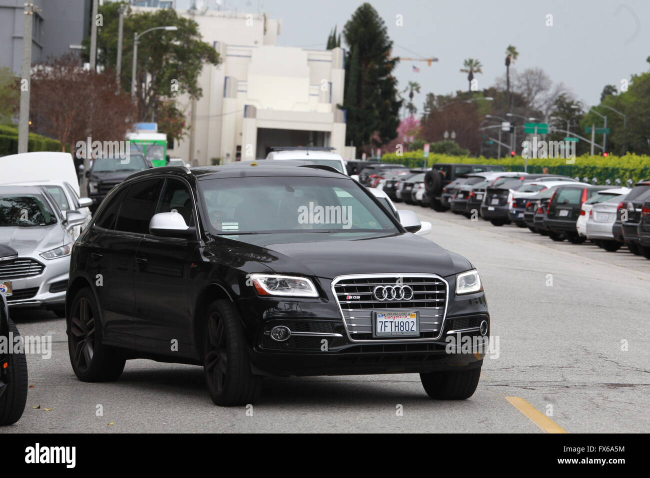 Amy Adams entdeckt Shoppen in Beverly Hills, fahren einen Audi, die ...