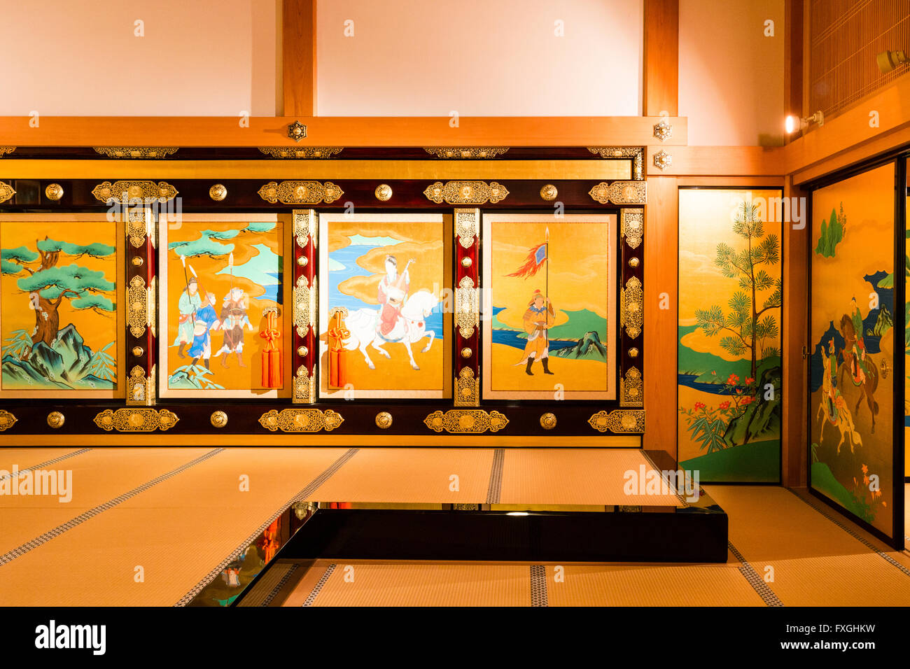 Japan, Burg Kumamoto. Neu gebaute Honmarugoten. Innere Shokun-keine ...
